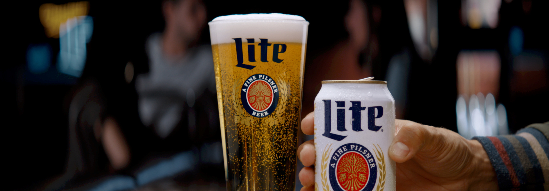 Miller Lite glass and can